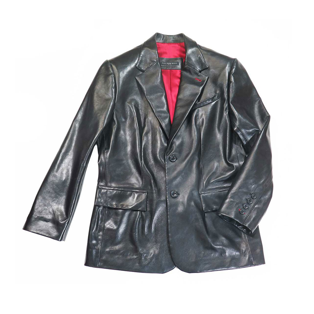 give the gift that always fits - example of a bespoke leather blazer